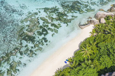 Aerial view of the famous sandy beach Anse Source d´Argent at La Digue Island. Anse Source d´Argent, La Digue, Seychelles, Indian Ocean, Indian Ocean Islands, Africa, Equator. - RUEF03200